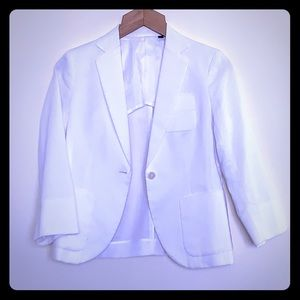 Uniqlo white blazer